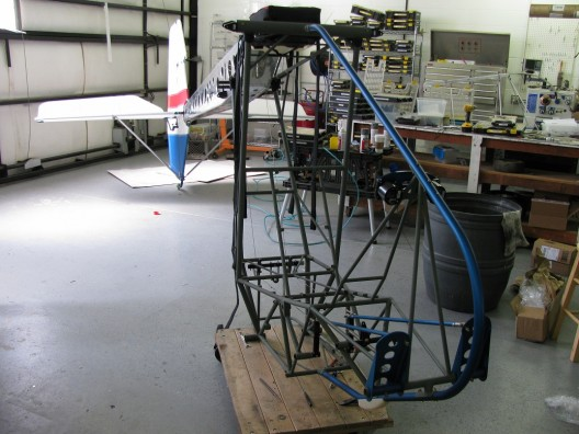 EMG-6 shows welded steel tubing fuselage and aluminum tail boom.  Boom was built from a set of kit parts in four hours.