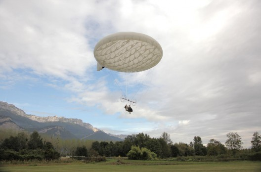 Iris Challenger during its first flight in 2011