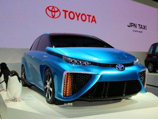 With the exception of the floating hood, Toyota's FCV Concept looks fairly conventional