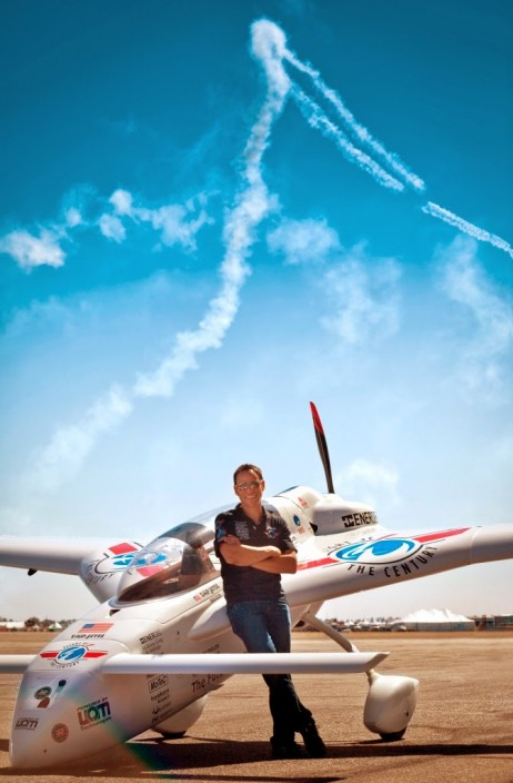 Chip Yates relaxes with Long-ESA at Mojave Air Show