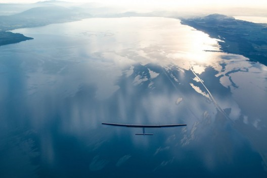 Solar Impulse HB-SIB on one of its last Swiss flights before being moved to Abu Dhabi