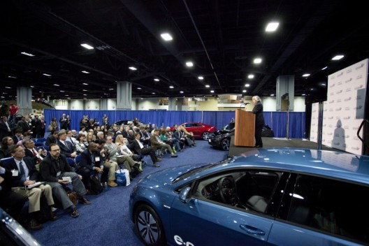 Energy Secretary Moniz makes keynote address at Washington D. C. Auto Show