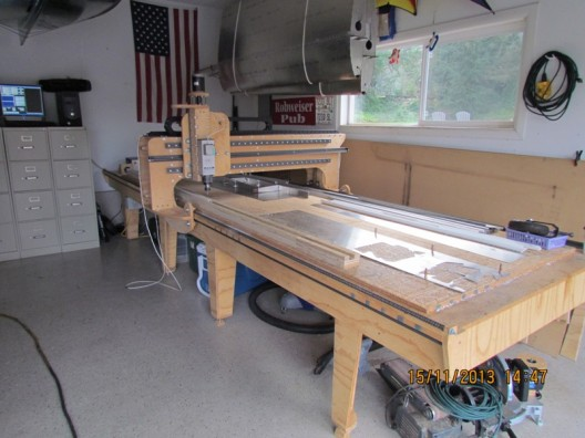 Robert Haines designed, programmed and built this CNC setup to enable mass production of Facetmobile parts