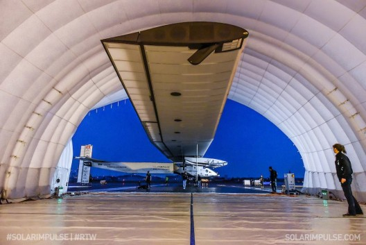 With few 747-size hangars available, Solar Impulse finds temporary shelter.  Solar Impulse | Rezo.ch