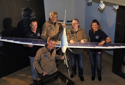 Domjan kneeling and Gologan holding tail of early model of SolarStratos
