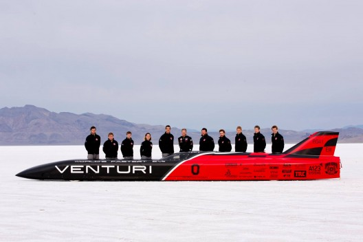 Venturi VBB-3 with Buckeye team during a break in the weather