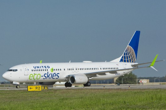 United Eco-Skies 737-900ER with added livery to indicate biofuel on board