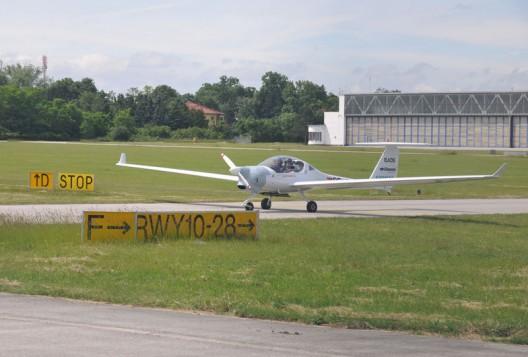 DA-36 E-Star 2 with Wankel rotary and Siemens motor providing power