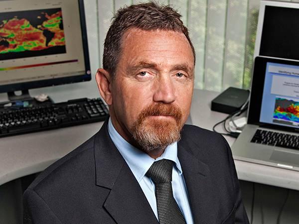 Dr. Ben Santer