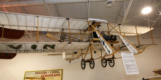 Vin Fiz flying (!) replica in Hiller Aviation Museum, San Carlos, California