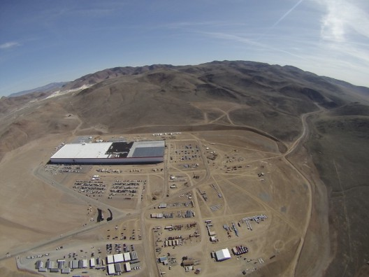Aerial view shot from a 1946 Cessna 140 of the 14-percent complete Gigafactory on February 1, 2016