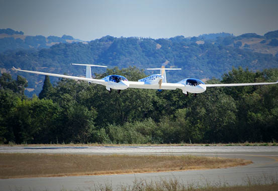 G4, powered by only batteries, landing at end of Green Flight Challenge Flight, 2011