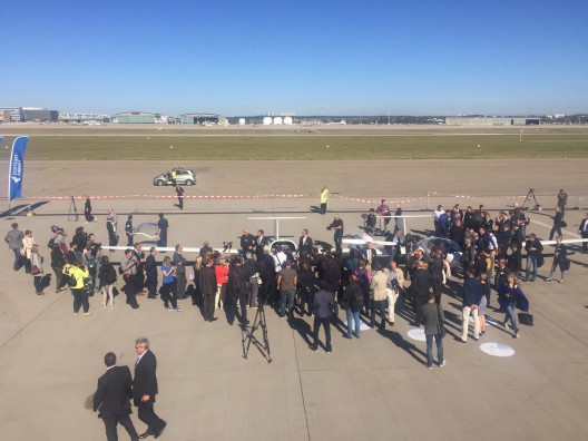 Press showed up en mass for public flight of HY4